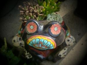 I coveted this frog for 2 years before I let myself buy him. Isn't he a dork?